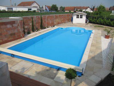 Schwimmbadbbau Saunatech - Schwimmbad Abdeckung und Filteranlagenhaus